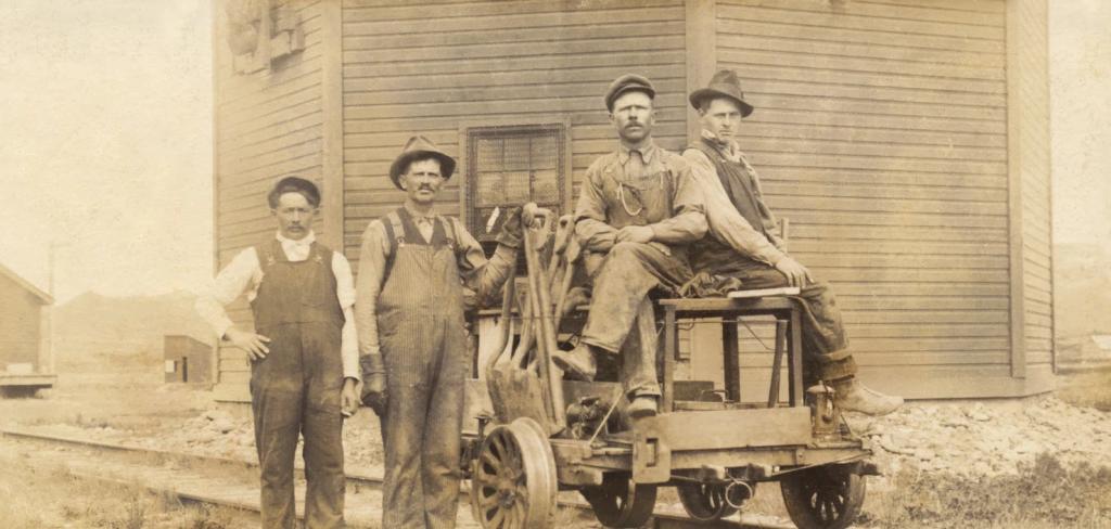 Ukrainian immigrants working on railway construction, beginning of 20th century